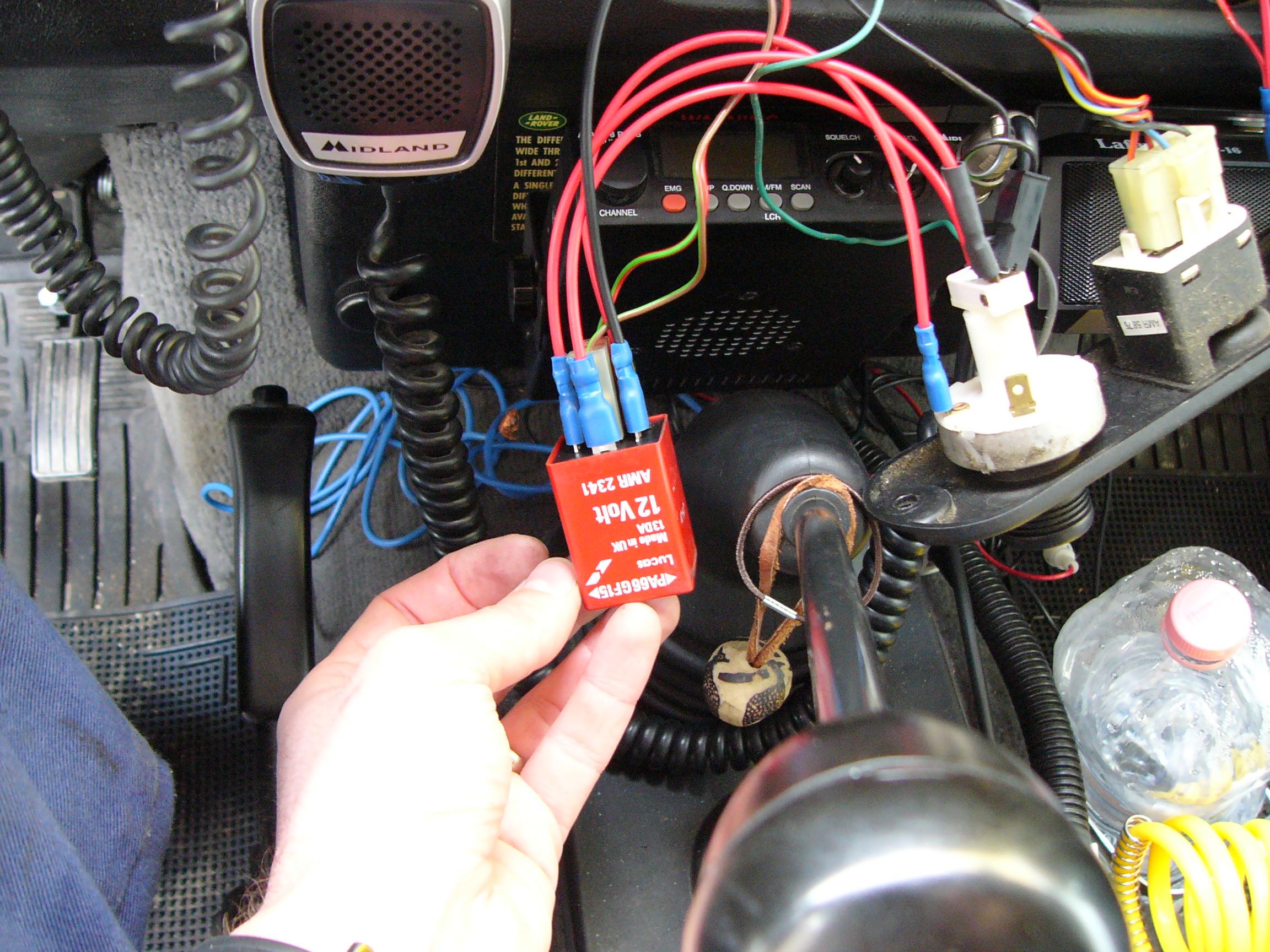 Schema Collegamento Motorino Tergicristallo : Intermittenza tergi posteriore defendertricks